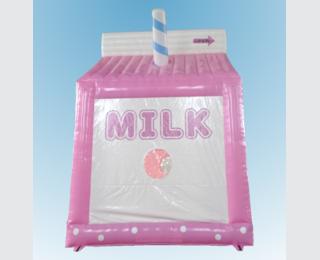 牛乳パックのバウンサー
